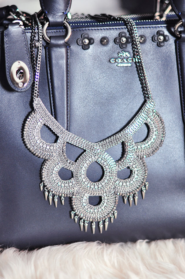 1-statement-necklace-with-studs