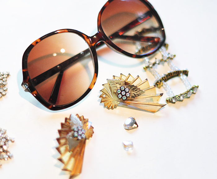 519d1cb1be43b 4 Fab DIY Embellished Bedazzled Sunglasses For the Bling of It ...