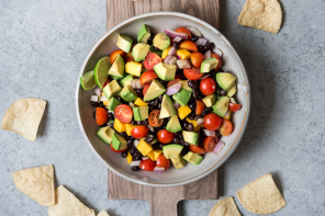 Summer Recipe // Simple. Healthy. Delicious. Guacamole Salad