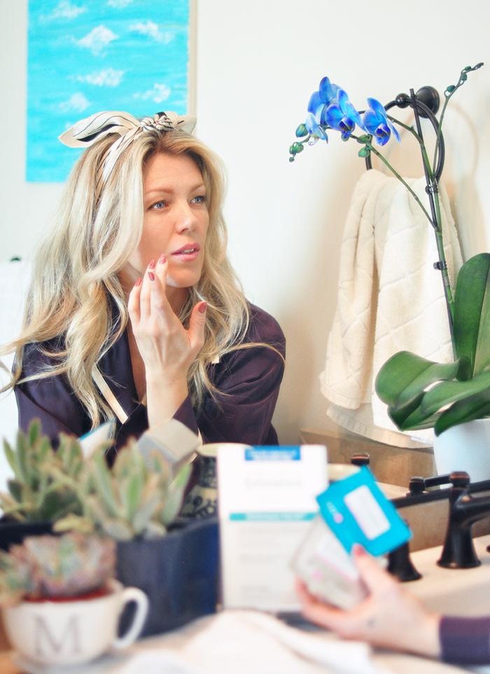 Exuviance Peel anti-aging skincare