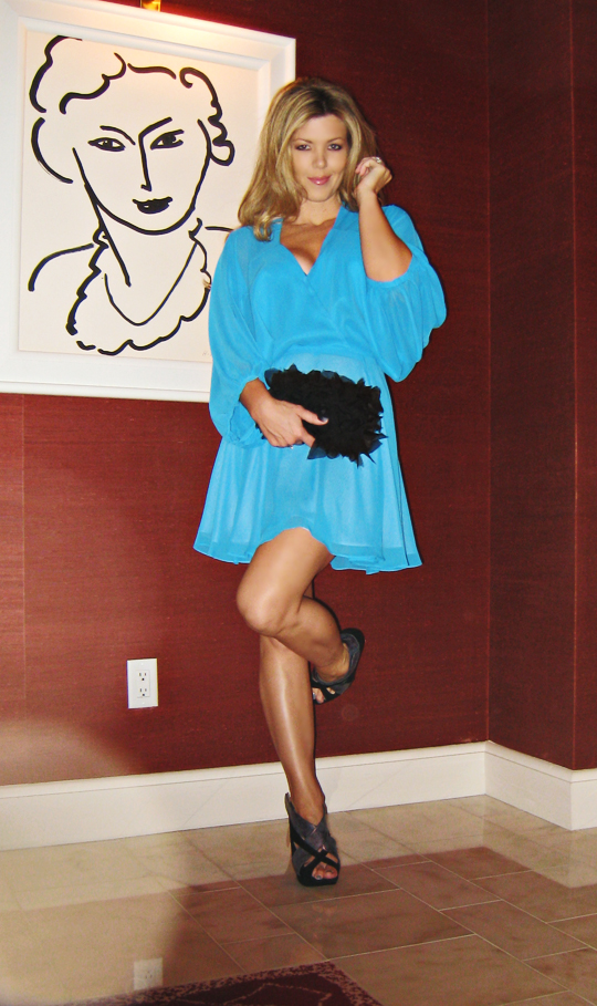 blue dress black bag