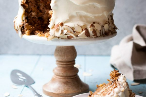 Holiday Desserts // Carrot Cake