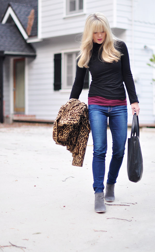 Casual style_jeans_turtlenck_boots