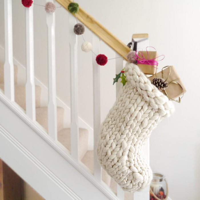 Excelente Pattern For Knitted Christmas Stocking With Name ...