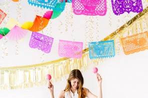 DIY Fiesta Balloon Ceiling for Cinco de Mayo
