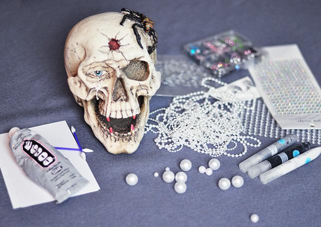 diy-glam-halloween-skull_1