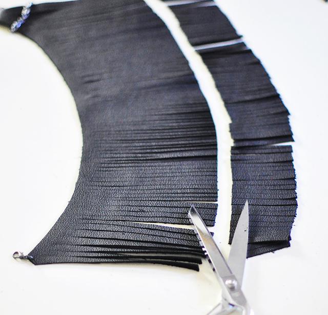 diy-leather-fringe-necklace_11