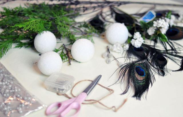 DIY Living Christmas ball decor-1