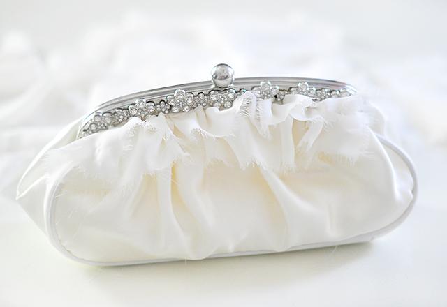 DIY Ruffled Wedding Clutch-7
