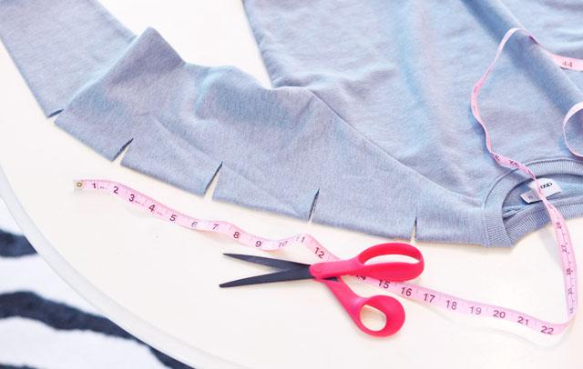 DIY Slashed sleeve sweatshirt-3