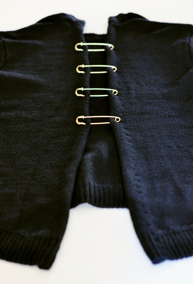 DIY Versace Inspired Big Pin Back Sweater-8