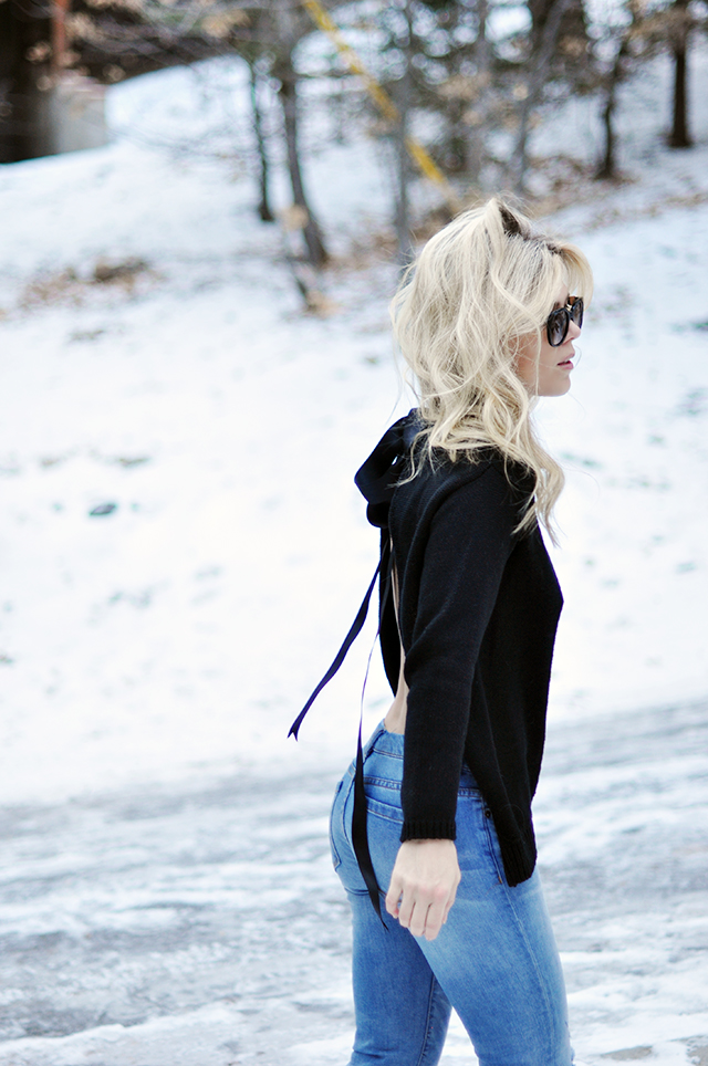 diy-open-back-sweater-with-a-bow-1