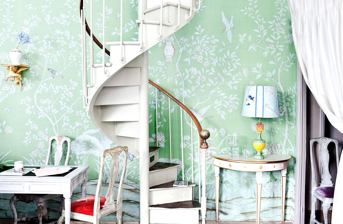 De Gournay 'Askew' spiral staircase