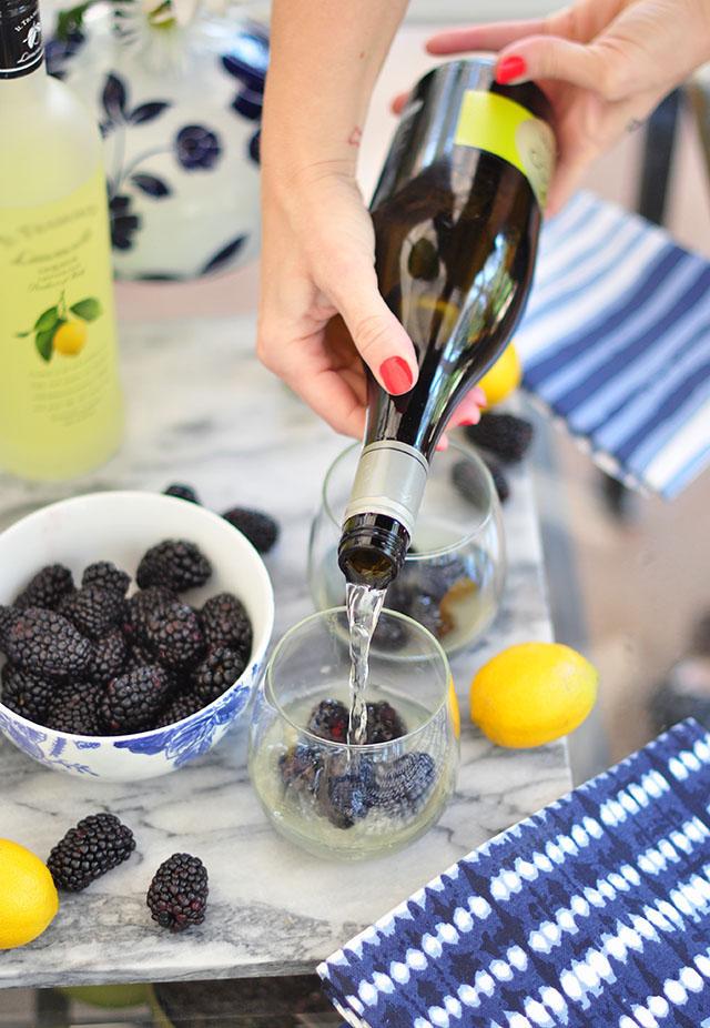 Ecco-Prosecco-cocktail_blueberry limoncello