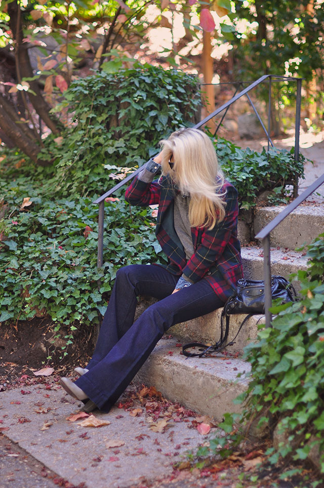 fall-style-flares-and-plaid-jacket