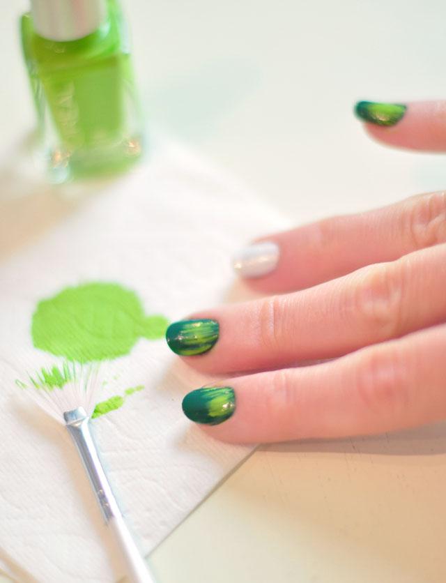 Nail Art Tutorial | Festive Football Season Manicure | ...love Maegan