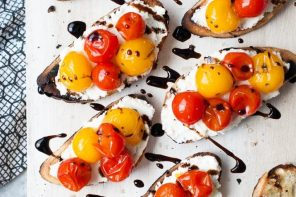 Summer Recipe // Grilled Crostini w/ Burst Tomatoes & Balsamic Glaze