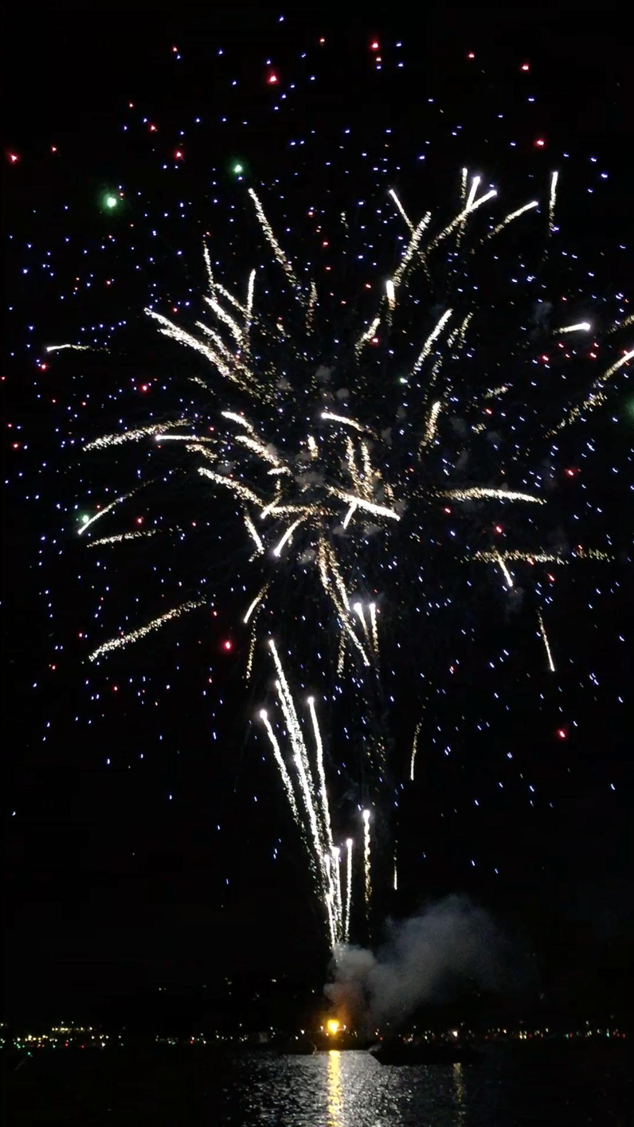 4th of July Fireworks on the Lake / Lake Arrowhead, CA
