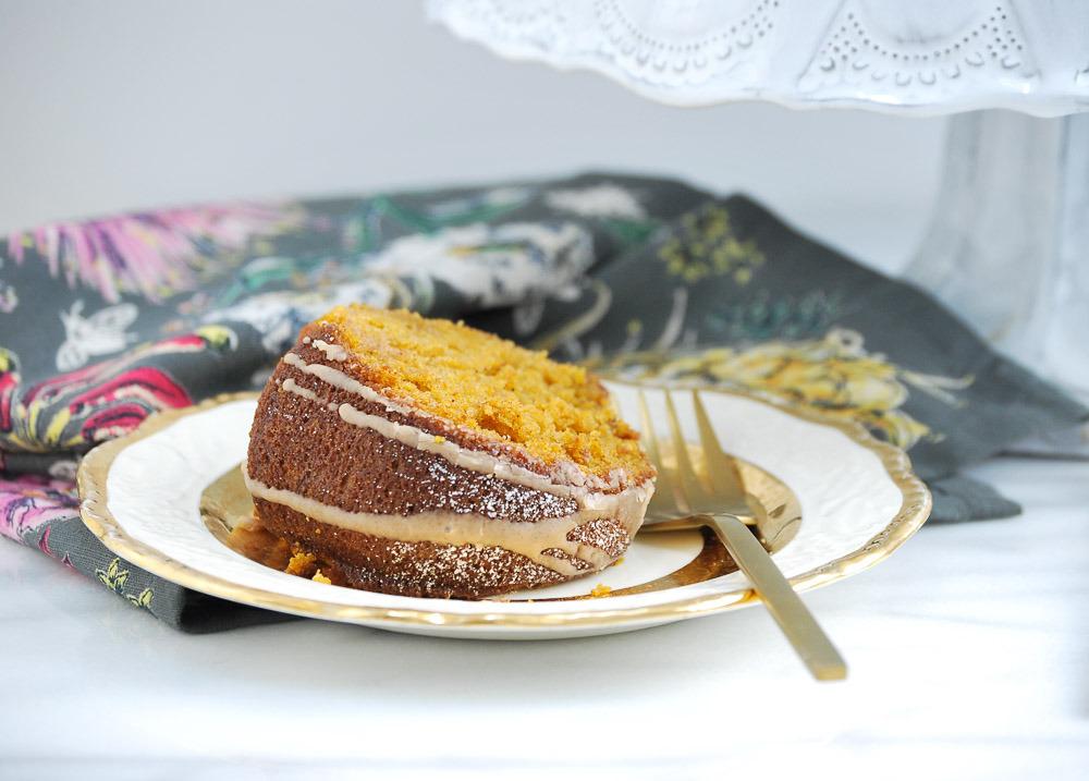 Pumpkin-Cake-with-Cinnamon-Vanilla-Glaze-6