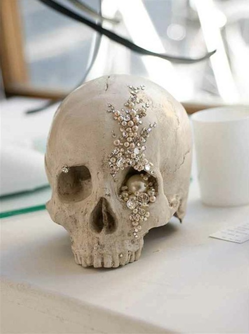 bejeweled skull for halloween