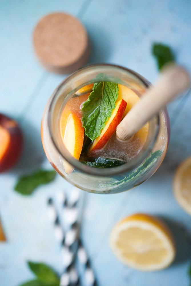 Sparkling-Peach-Cucumber-Lemonade_-4