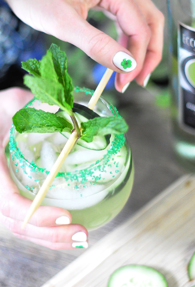 St Patricks Day Nails + Green Cocktail