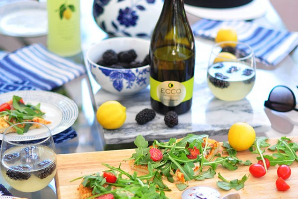 Summer entertaining_Prosecco and Pizza