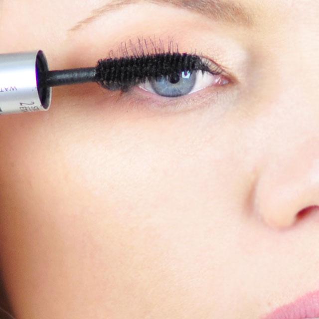 Tinker-Bell-Makeup-Hair-Tutorial-7