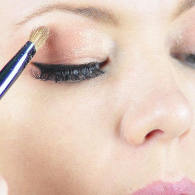 Tinker-Bell-Makeup-Hair-Tutorial-9