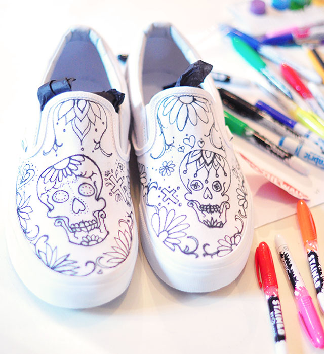 Vans Custom Culture DIY - sugar skull - day of the dead