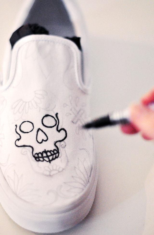 Vans Custom Culture DIY - sugar skull- day of the dead