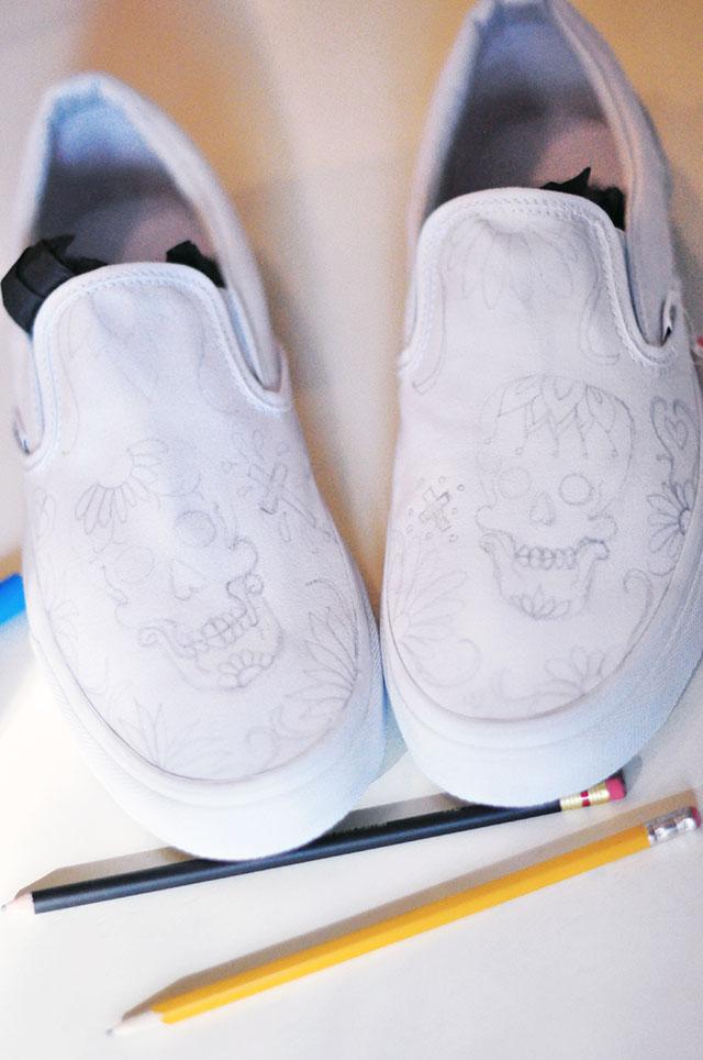 Vans Custom Culture DIY - sugar skull-day of the dead