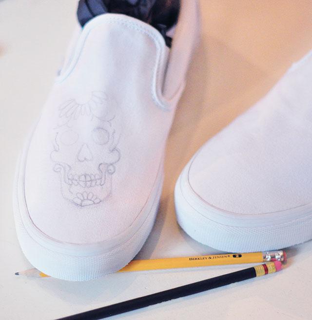 Vans Custom Culture DIY -sugar skull-day of the dead