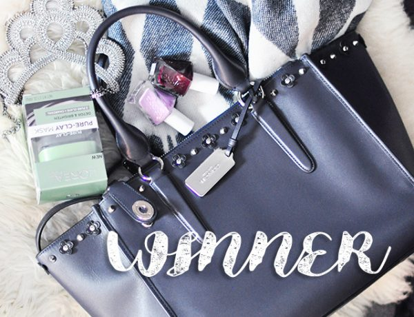 winner-studded-coach-tote-bag-giveaway