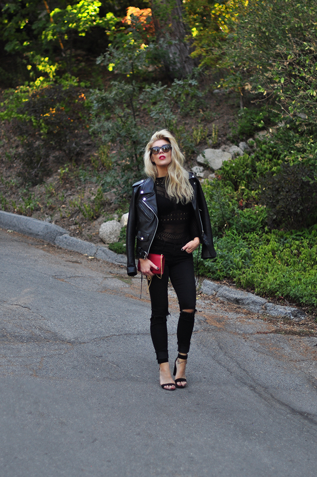 all black everything_classic biker jacket_black jeans_red lips and bag