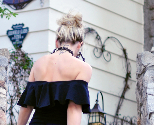back+off the shoulder ruffle top
