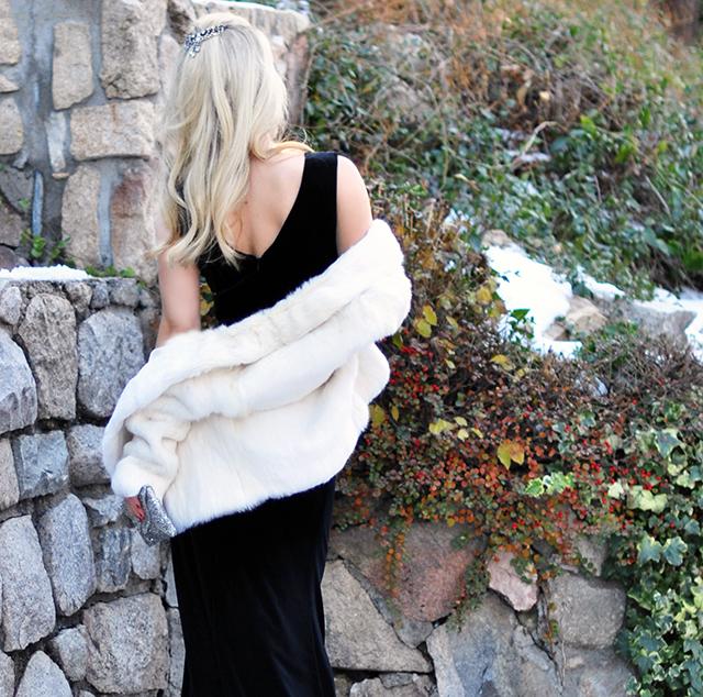 black-velvet-dress_back