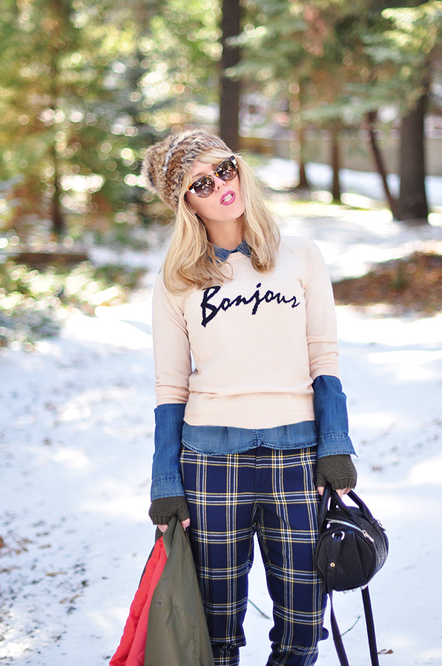 bonjour sweater_plaid pants_in the snow