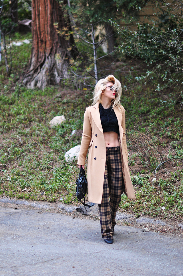 90s style, plaid pants, cropped sweater, camel coat