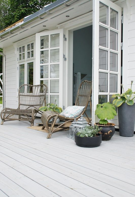 decks - rustic color