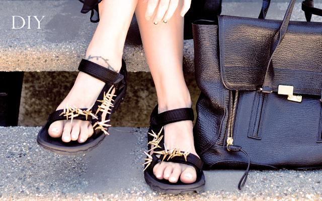 DIY Embellished Sport Sandals -Spiky Tevas