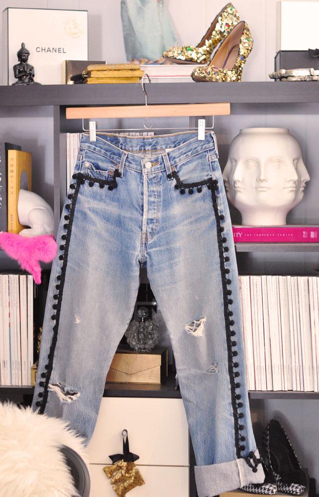 diy pom pom jeans-old levis