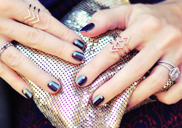 fall nails-gold_purple_green metallic manicure