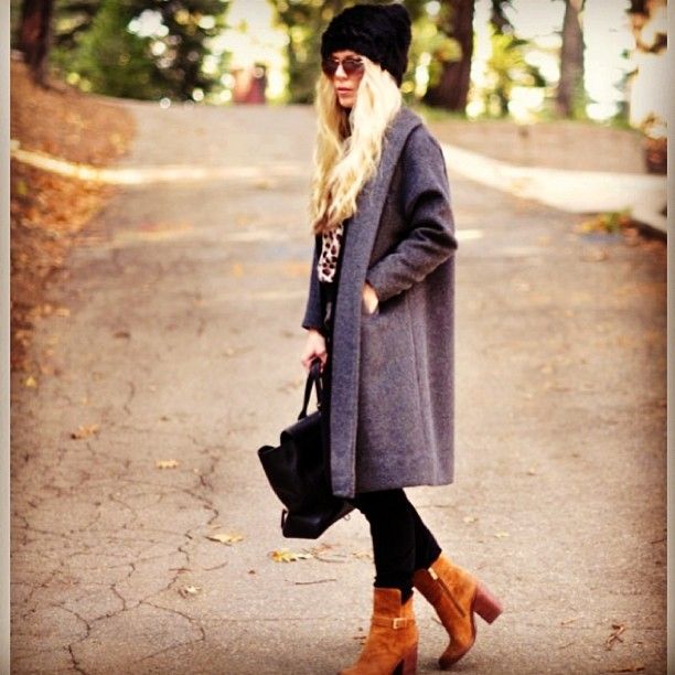 fall outfit-gray brown black