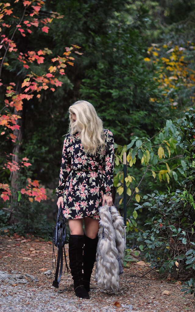 fall-style_fall-folliage-floral-dress_tall-boots_balenciaga-bag