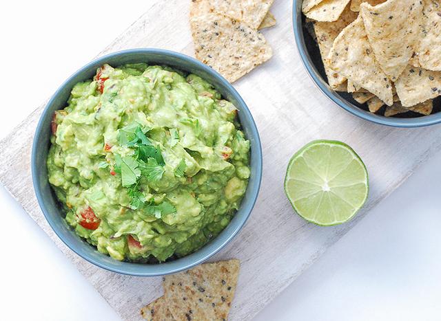 fresh and healthy guacamole recipe