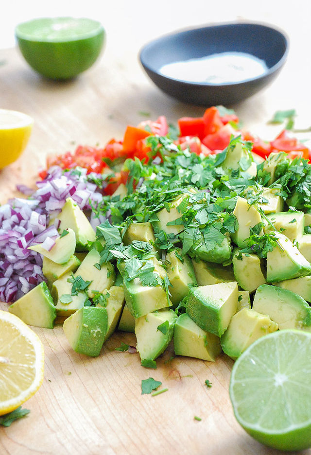 fresh and healthy guacamole recipe_2