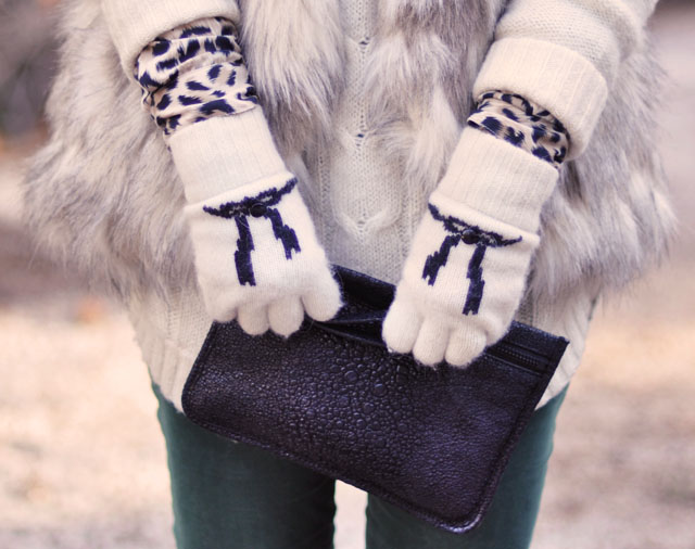 green skinny cords- gloves with bows