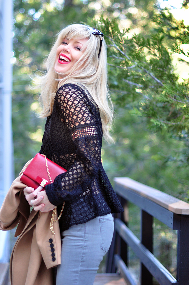 grey jeans_lace top_red bag_red lips