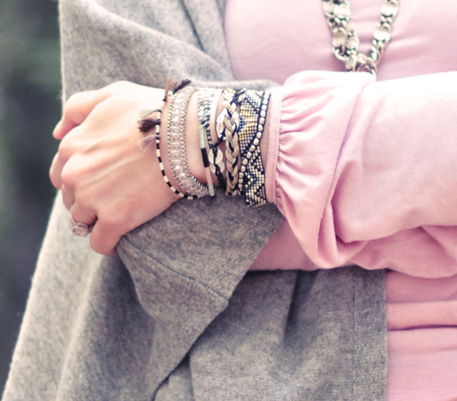 hipanema 2 bracelet-gray poncho-pink turtleneck